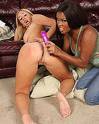 Kelly Wells & Candice Nicole